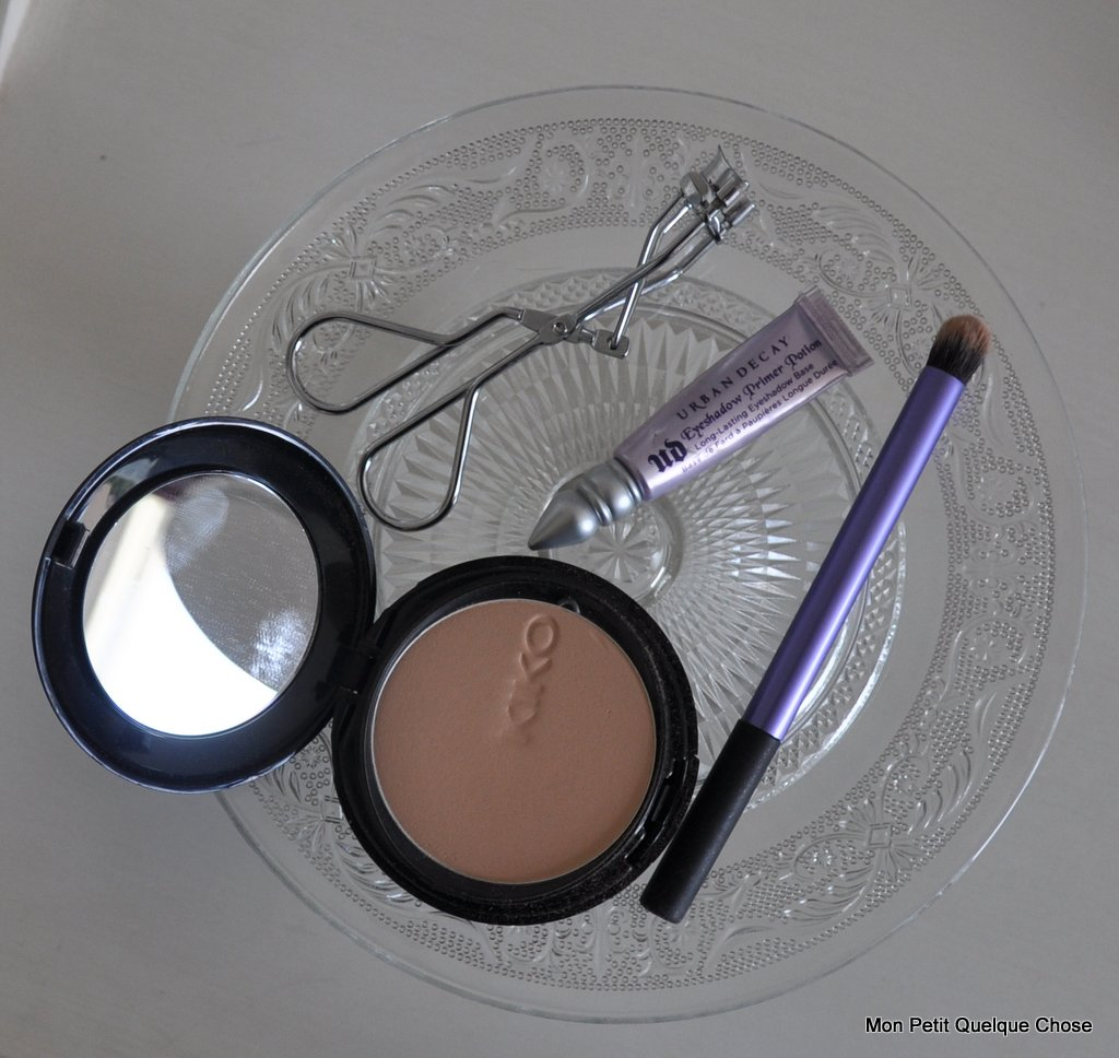 Primer Potion Urban Decay, Soft Focus compact kiko 03, Deluxe Crease Brush Real Techniques